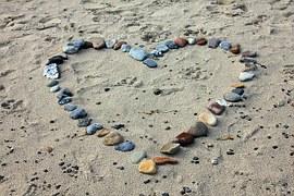 beach-193786__180